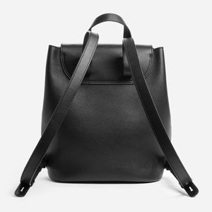 071a7abb2177 Everlane Other - Everlane Petra Black Leather Backpack